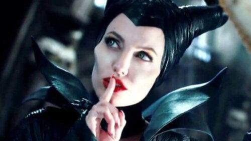 En scen med Maleficent