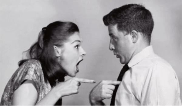 Du kan lätt sabotera ditt förhållande om du håller din partner ansvarig för allt