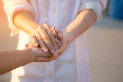 de flesta människor har förmågan att uppleva andra människors smärta som om den vore deras egen