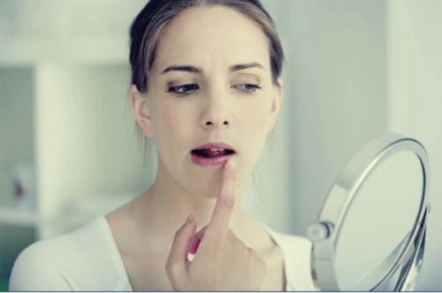 Kopplingen mellan stress och munsår
