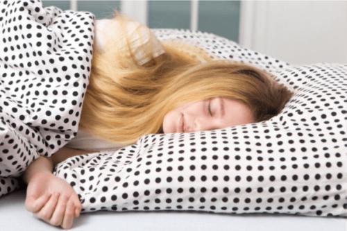 Tonåringar och sömn: Varför behöver de så mycket?