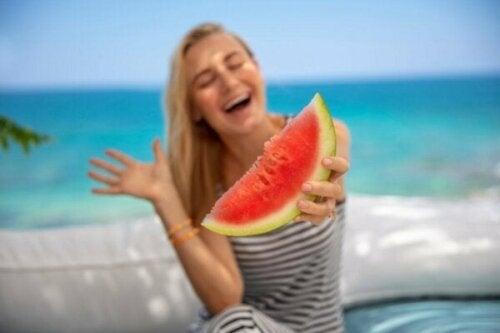 Sommaren påverkar ditt humör både positivt och negativt
